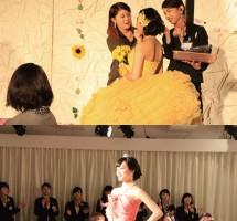 ドレスショー